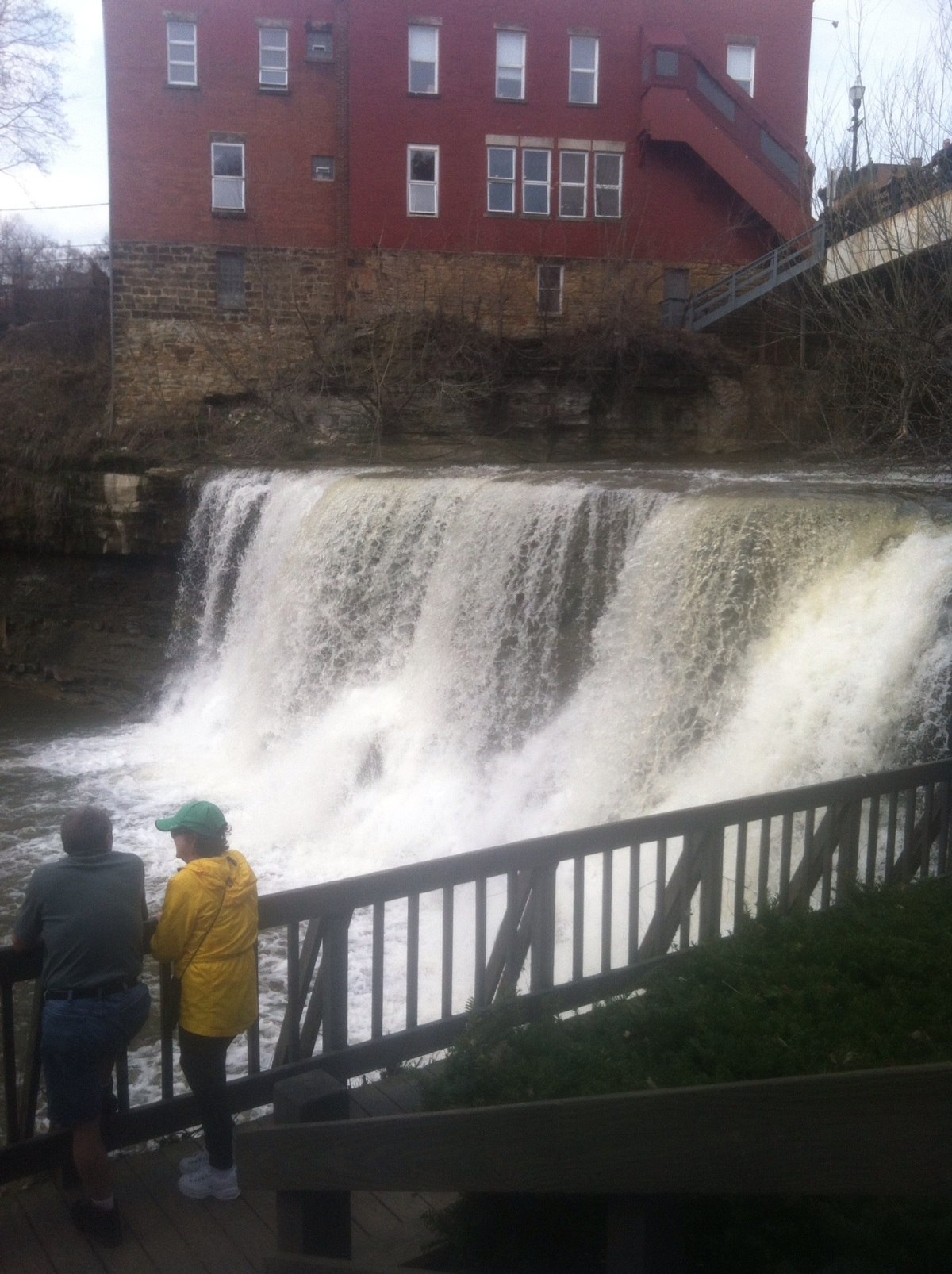 Dog Friendly Day Out: Chagrin Falls MainStreet